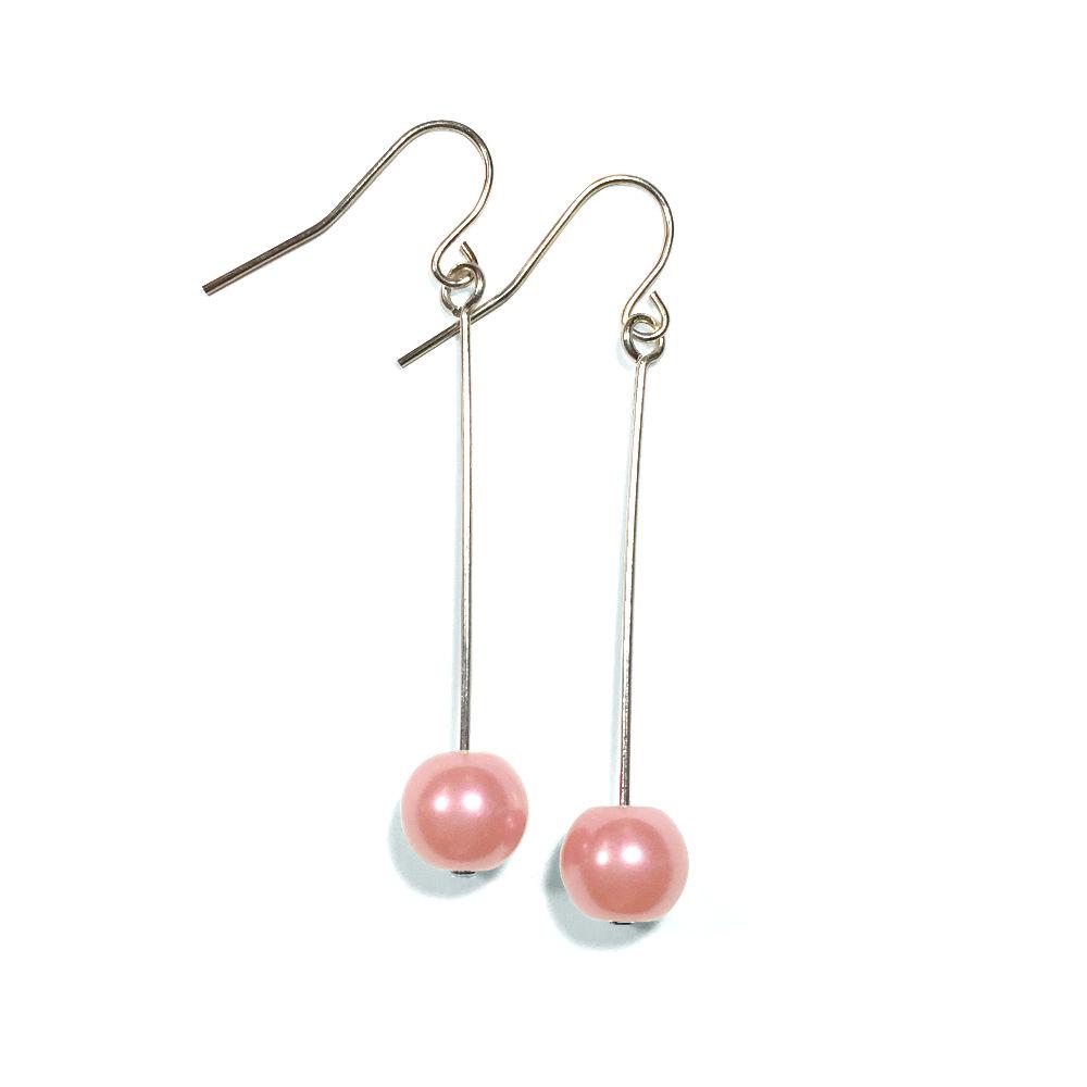 Light Pink Pearl Single Drop Earrings In Silver